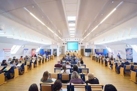 <strong>Конференция ассоциации «Балтийская пресса»: </strong><strong>печатная пресса в цифровую эпоху.</strong><strong></strong> «Девиз» на марше.